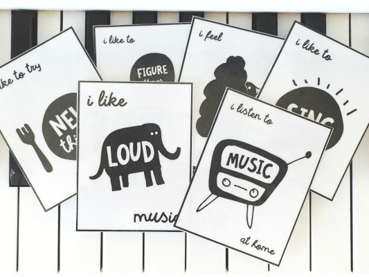 Piano-Cards-On-Keys